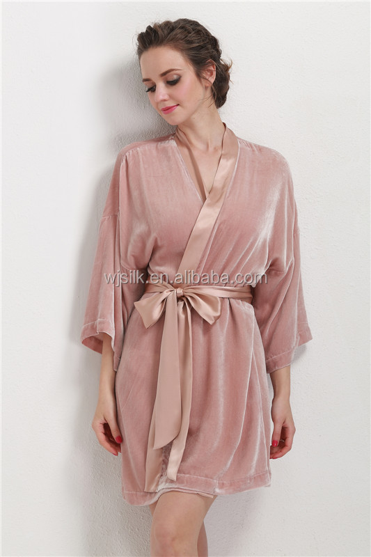 Elegant Silk Velvet Elegant Robe Night Gown for Fall Winter