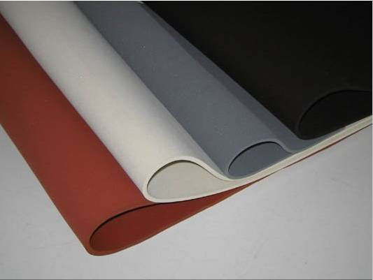 Durable Industrial SBR Natural Gum Crepe Rubber Sheet/Mat/Pad