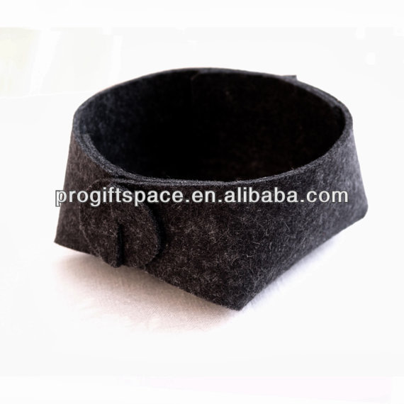 Hot new bestselling product wholesale alibaba handmade Wool Felt jewelry Make Up Organizer made in China