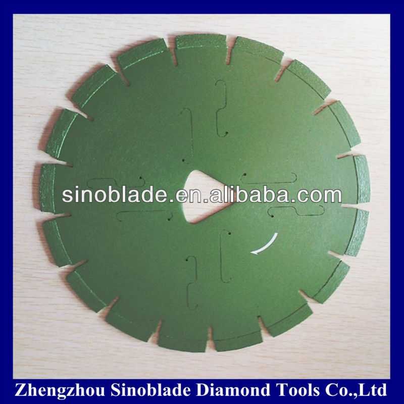 Chinese Diamond Saw Blade cutting of concrete