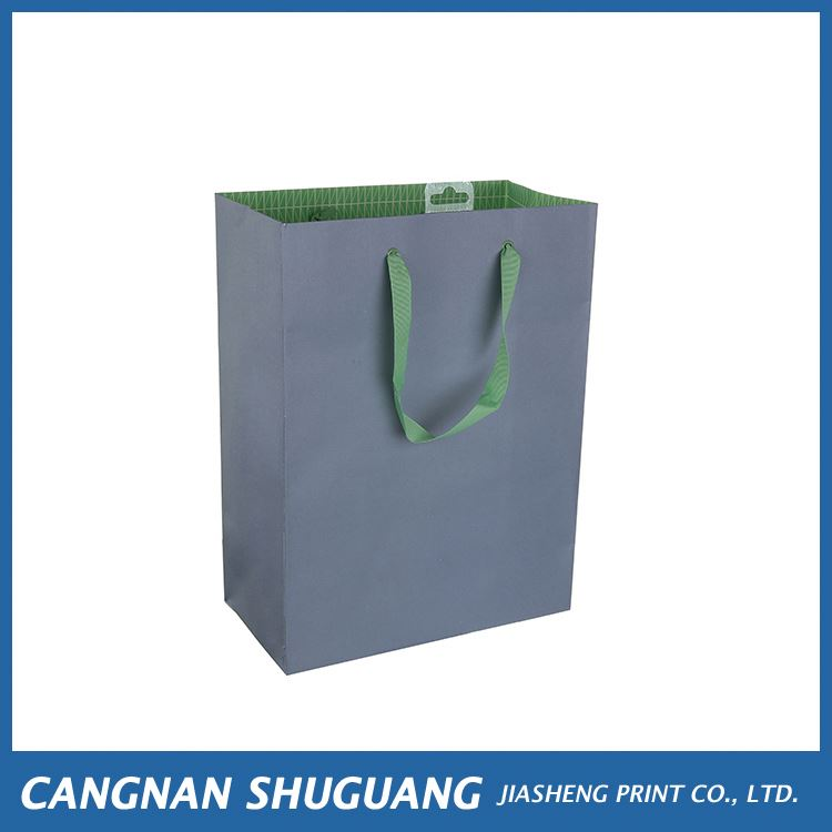 High end trendy style paper gift bags with handle for sale