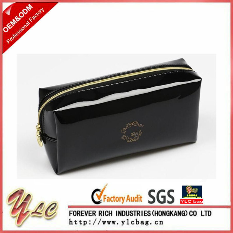 High Quality PU leather Cosmetic Bag With Zipper Pillow Shaped Brand Make Up Toiletry Bag Cosmetic Pouch Wholesale In Black