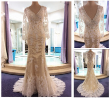 2016 New Sexy Champagne V-Neck Prom Dresses with Beaded Neck Design Long Sleeve Lace Evening Dresses ED010