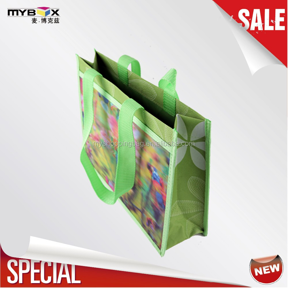 foldable 3d plastic card tote with pp webbing handle non woven fabric bag