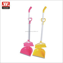 Heart shape handle plastic broom and dustpan set durable home gardening household cleaning set