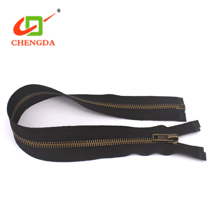 Looking For Products To Represent Handbags Metal Zippers