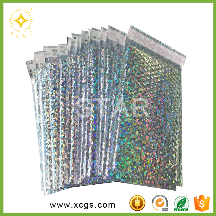 Protective holographic bubble mailers decent gift postal bags wholesale metallic bubble mailer for courier