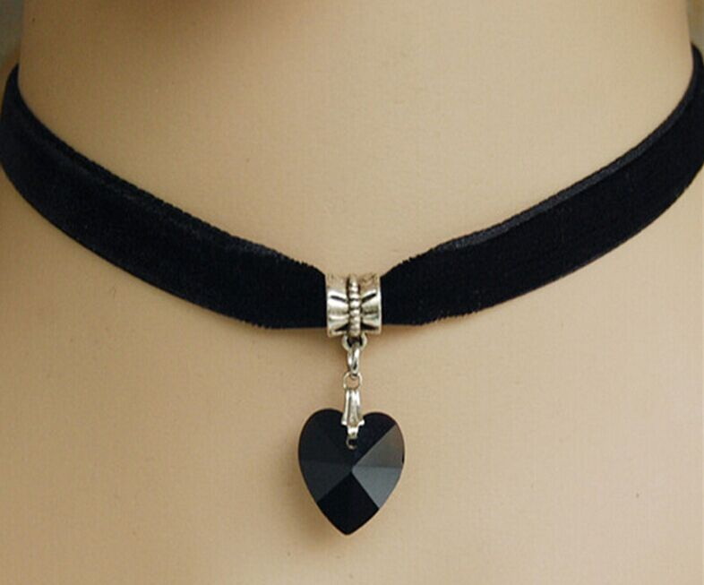 Cheap Women Ladies Heart Crystal Spike Chocker Necklace Chain Black Velvet Ribbon Spiked Charm GOTHIC