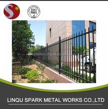 Fence / beautiful iron gate and fence / pipe corral fence panels