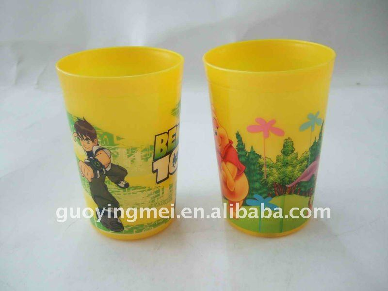 280ml BPA free promotional plastic water cup with socer cover and straw