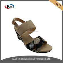 fancy bali leather sandals for promotion