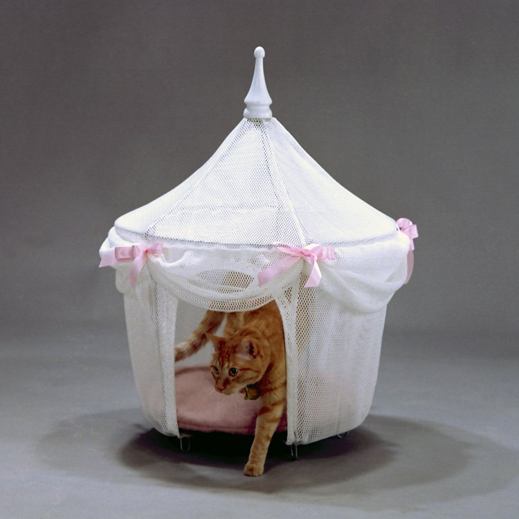 Sugarplum Princess Pet Tent