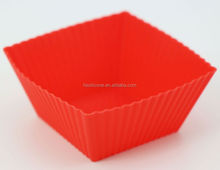 Hot selling colorful baking cupcakes in silicone cups