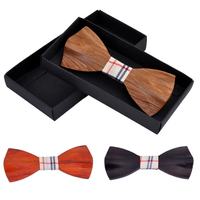 2016 Novelty Solid Good Wood Bow Tie For Men Classic Wood Bowties Neckwear Creative 3D Handmade Butterfly Wood Tie Gravata