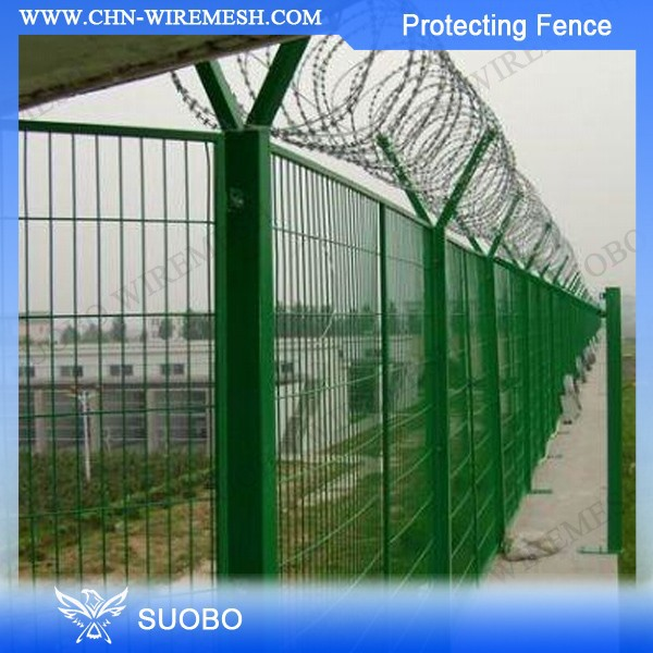 Low Price Protective Mesh Balcony Wood Fence Span Of Pvc Fence