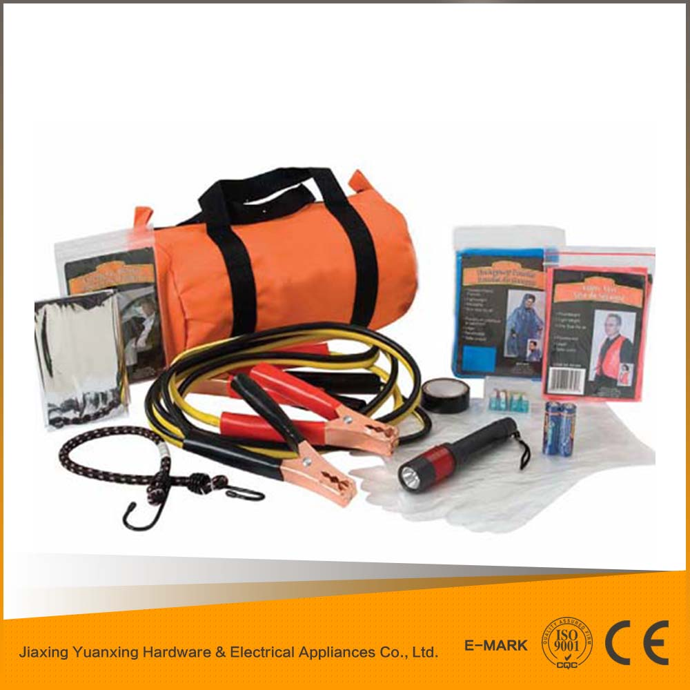2015 hot selling products factory price car emergency kit