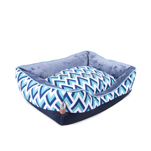 2018 wholesale deluxe beautiful fancy durable fabric lounger dog soft bed