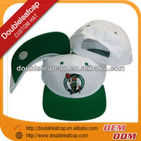 2013 Fashional embroidered cap snapback/custom snapback hat
