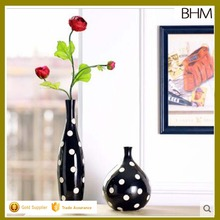 2016 Black and white porcelain ceramic chinese flower vase with two styles home deco