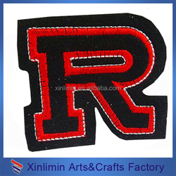 New fashion cute woven embroidery adhesive logo badge wholesale 2016