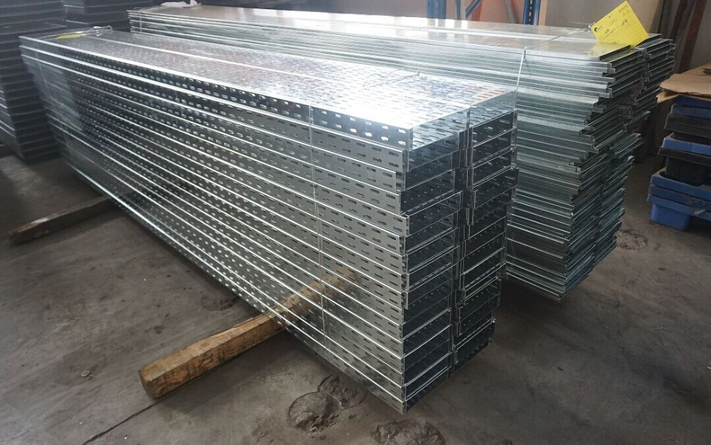 Outdoor Straight Sheet Perforated Cable Tray Electrical