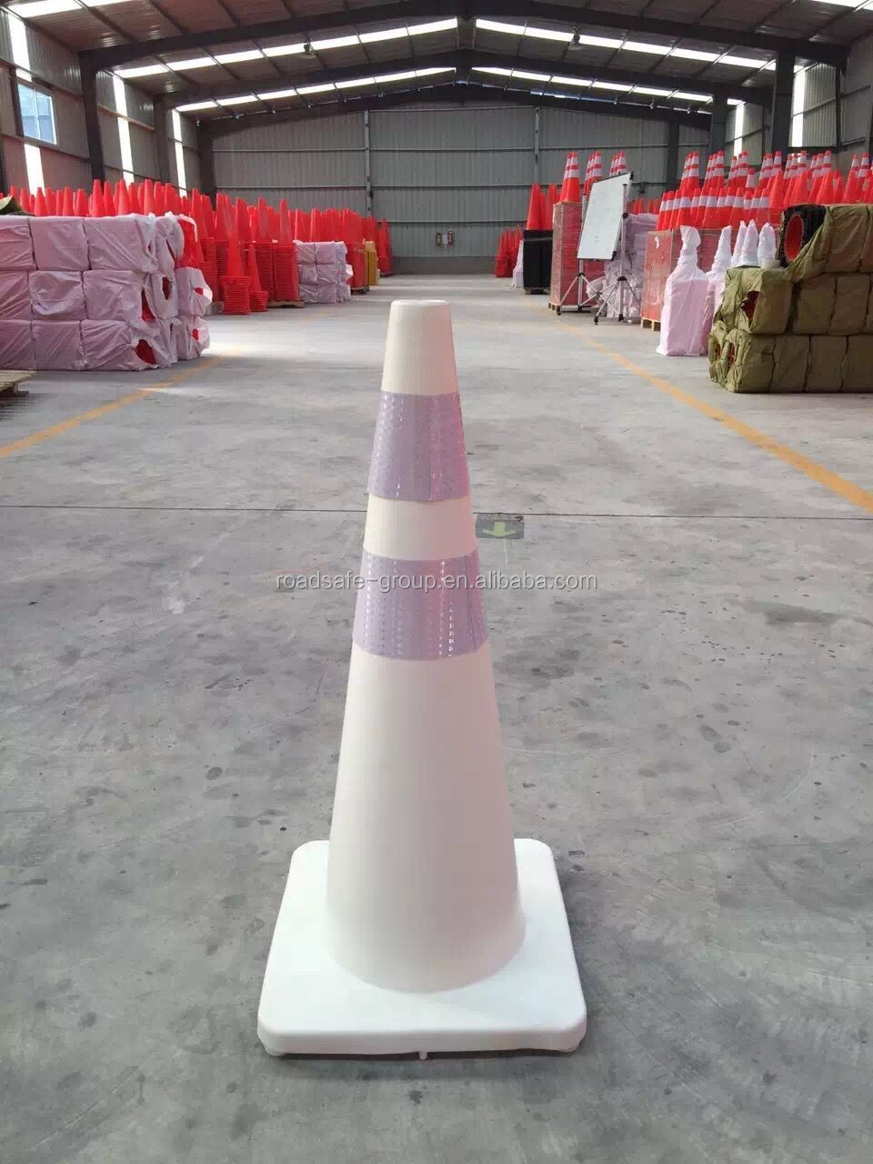 Cheapest roadway safety pvc traffic plastic cone