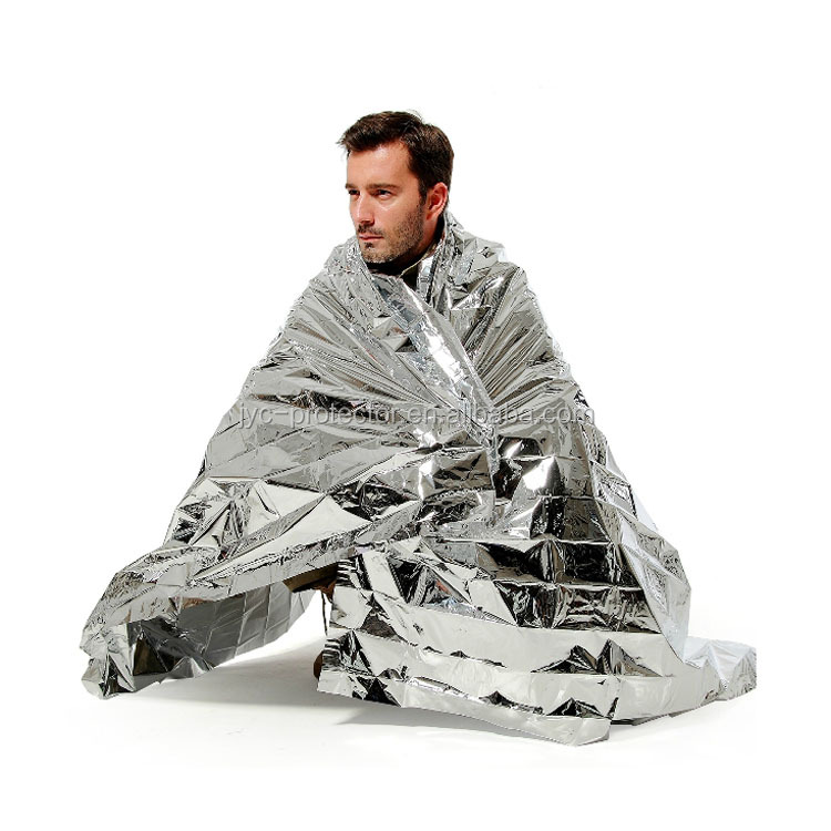 W055 emergency survival space blanket