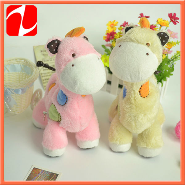 Best selling lovely plush giraffe baby toy