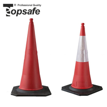 Wholesale good quality pe traffic cone with rubber base