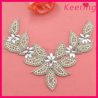 wholesale new arrival decorative rhinestoner patch with pearls for wedding dress WRP-001