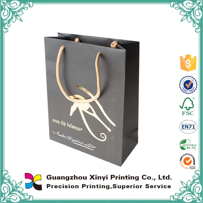 China supplier custom luxury shopping packaging reusable paper bags with handles