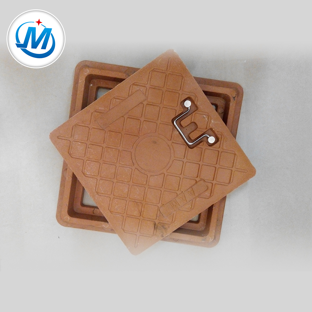 Surface Pattern Design by Customer Requirement Cast Iron Manhole Cover Price