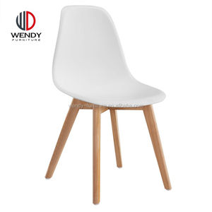 2017 new french design hotsale cheap white plastic chair with rubber wood leg