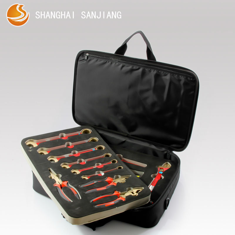 Non sparking tool set/tool sets and kits/tool set