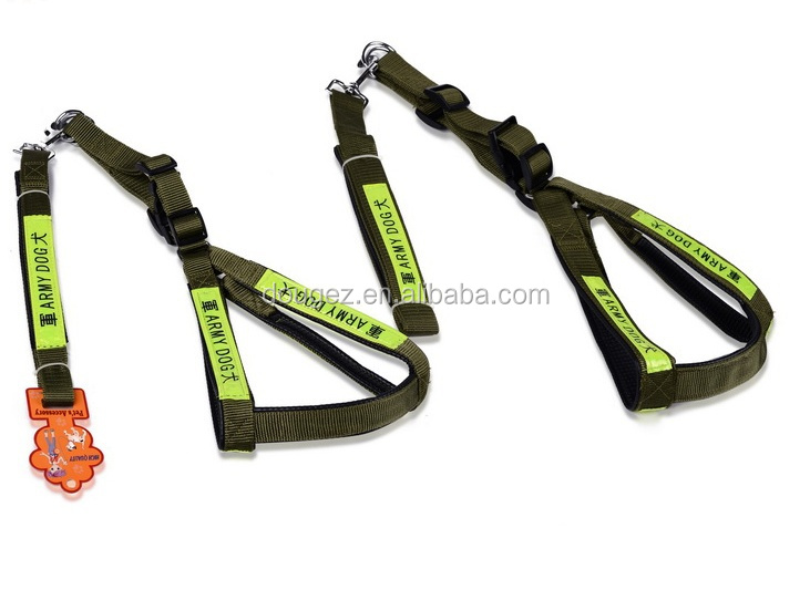 2020 high-quality hot sale firm with light adjustable large military dog leash