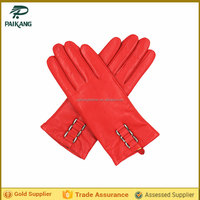 Fashion sheep skin girls leather glove with strap and buckle on back