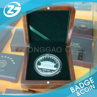 Custom Promotional Fashionable Personalized Silver Coin With Box