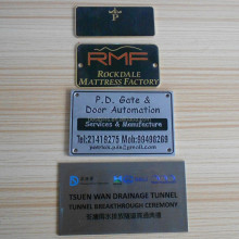 metal plate labels brand name logo engraved for jeans, garments, bags and funiture etc.