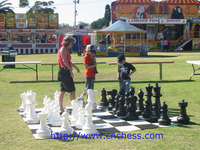 giant chess with king 8'',12'',16'',25'',36'',48''