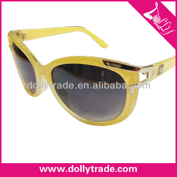 Graceful Wholesale Fashion Decorative Eyewear Ladies Yellow Frame Sunglasses