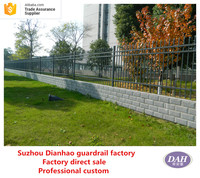 High quality wrought simple iron fence design, gates and grills fence design, decorative garden fence