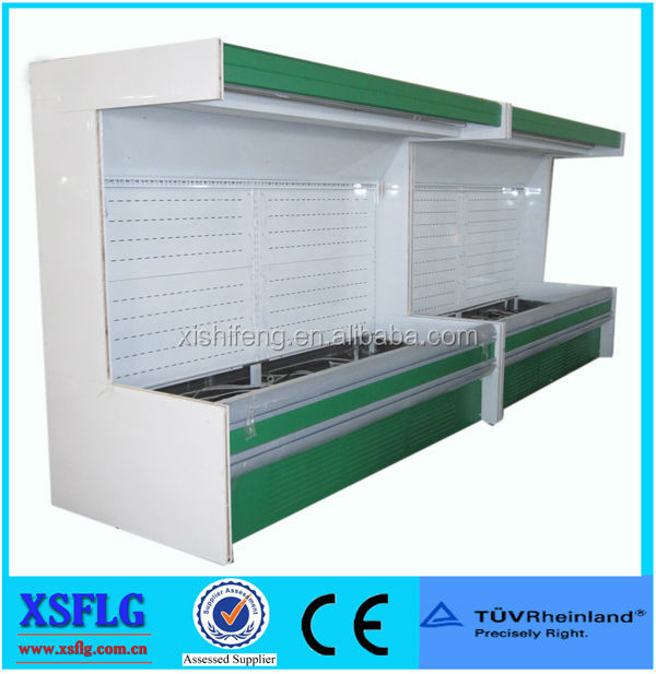 Open multi deck refrigerated supermarket showcase