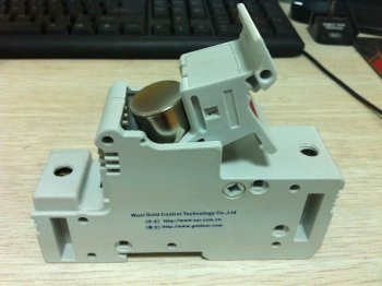 FUSE HOLDER FOR SSR