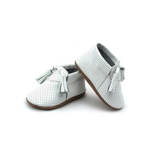 2017 Fashion Baby Shoes Soft Sole Hanging Leather Children Moccasins