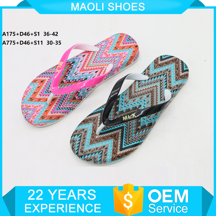 Hot sale new design print chappal pvc air blow 2017 slipper shoes