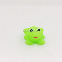 OEM cartoon soft vinyl small frog bath toy for children with sound