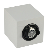 White Lacquered Automatic Watch Winder Single Rotating Box