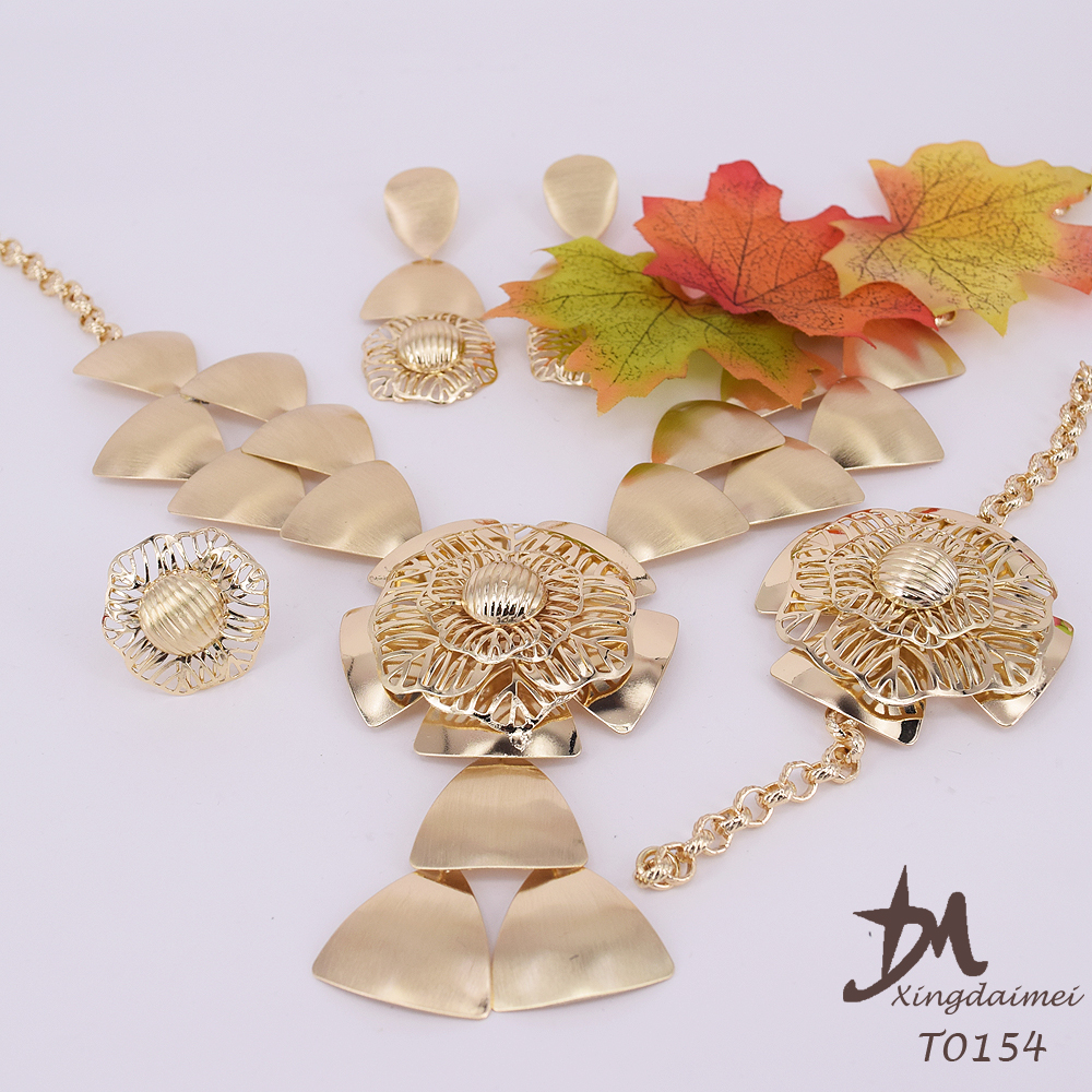 wholesale African women 18K gold plating wedding bridal jewelry set T0154