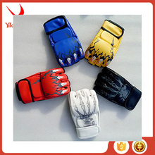 Hot Sell Pro PU Boxing Gloves Fighting Glove