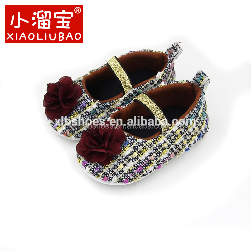 Wholesale floral toddler baby's shoes fabric cheap wholesale shoes in china